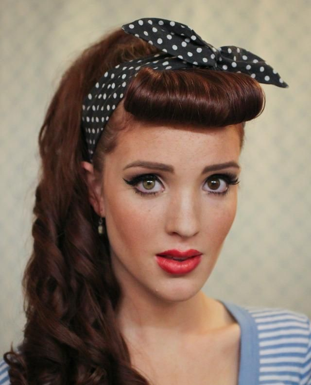 retro rockabilly frisur pony haarband offene haare locken haare pinterest offene haare. Black Bedroom Furniture Sets. Home Design Ideas