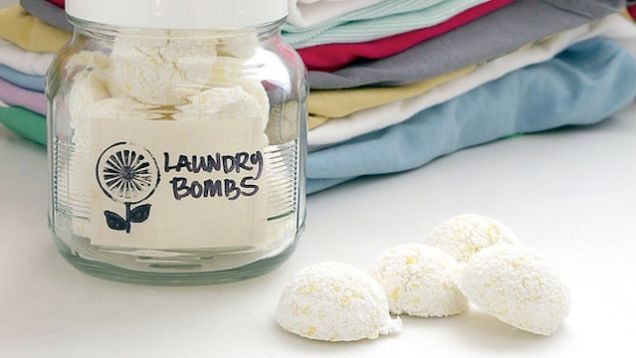 Make Your Own Dissolving Laundry Detergent Tablets