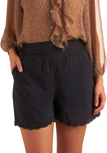 i keep coming back to scallop shorts but can't decide if they'll look good on me. any opinions on these? #modcloth $49.99