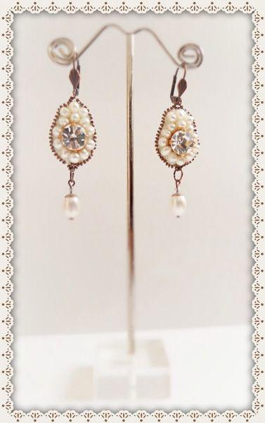Boucles d'oreilles tissées en perles de culture de Bijoux & Bien-Etre sur DaWanda.com