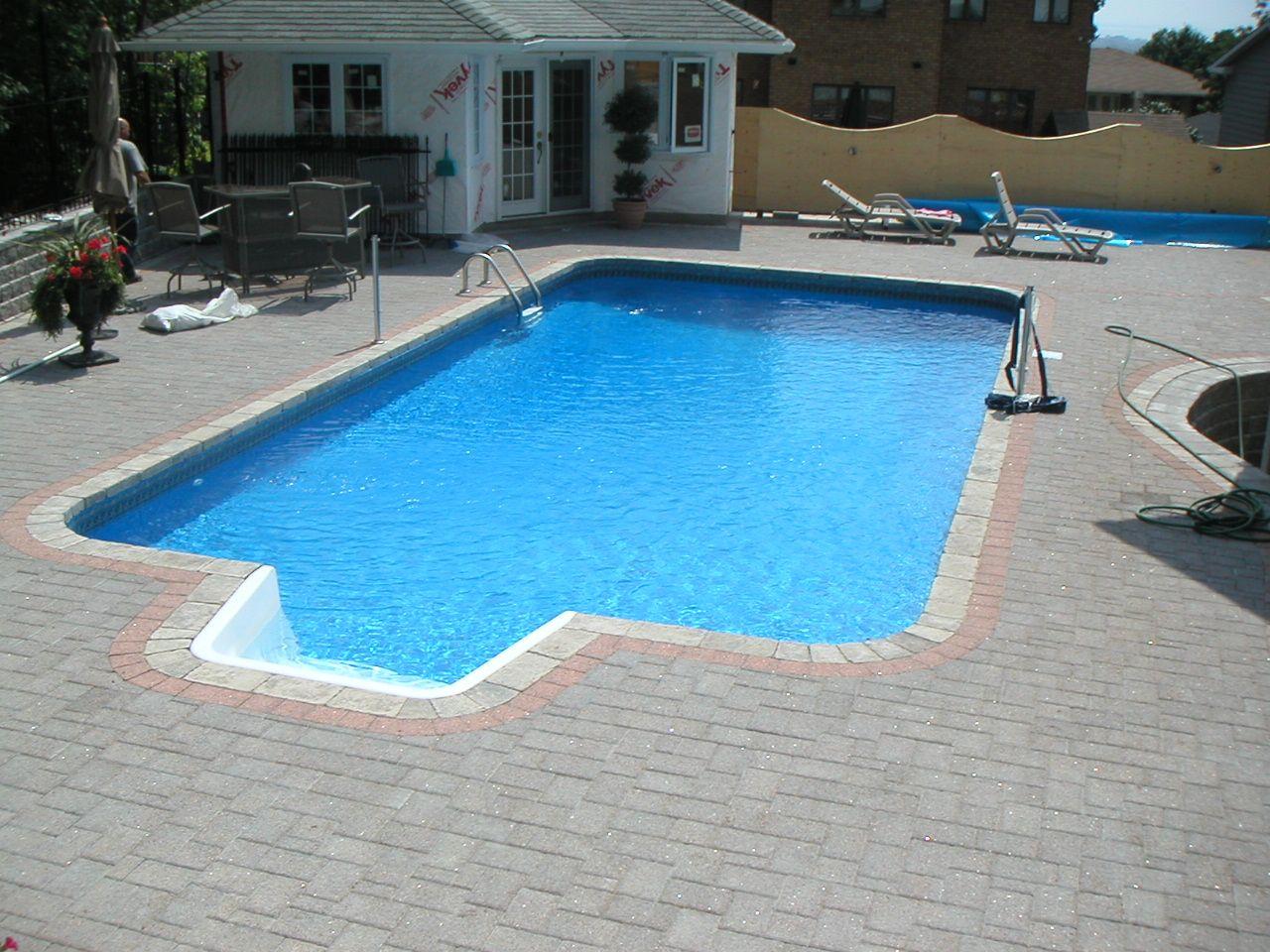 16x32 Rectangle With 2 Foot Radius Corners Swimming