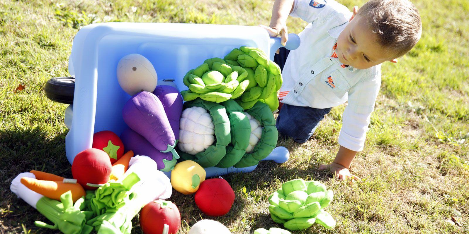 Jardiner avec les enfants au Printemps Faire son compost
