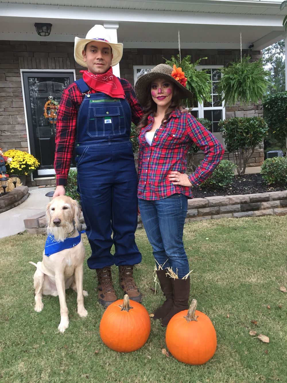 Farmer and scarecrow costume for Halloween!!  sc 1 st  Pinterest & Farmer and scarecrow costume for Halloween!! | Halloween | Pinterest ...