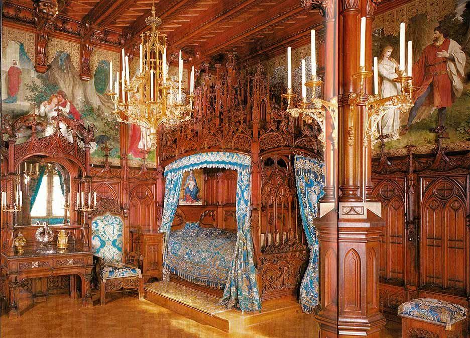 King Ludwig S Bedroom In Neuschwanstein Castle Bavaria Germany Neuschwanstein Castle Germany Castles Castles Interior