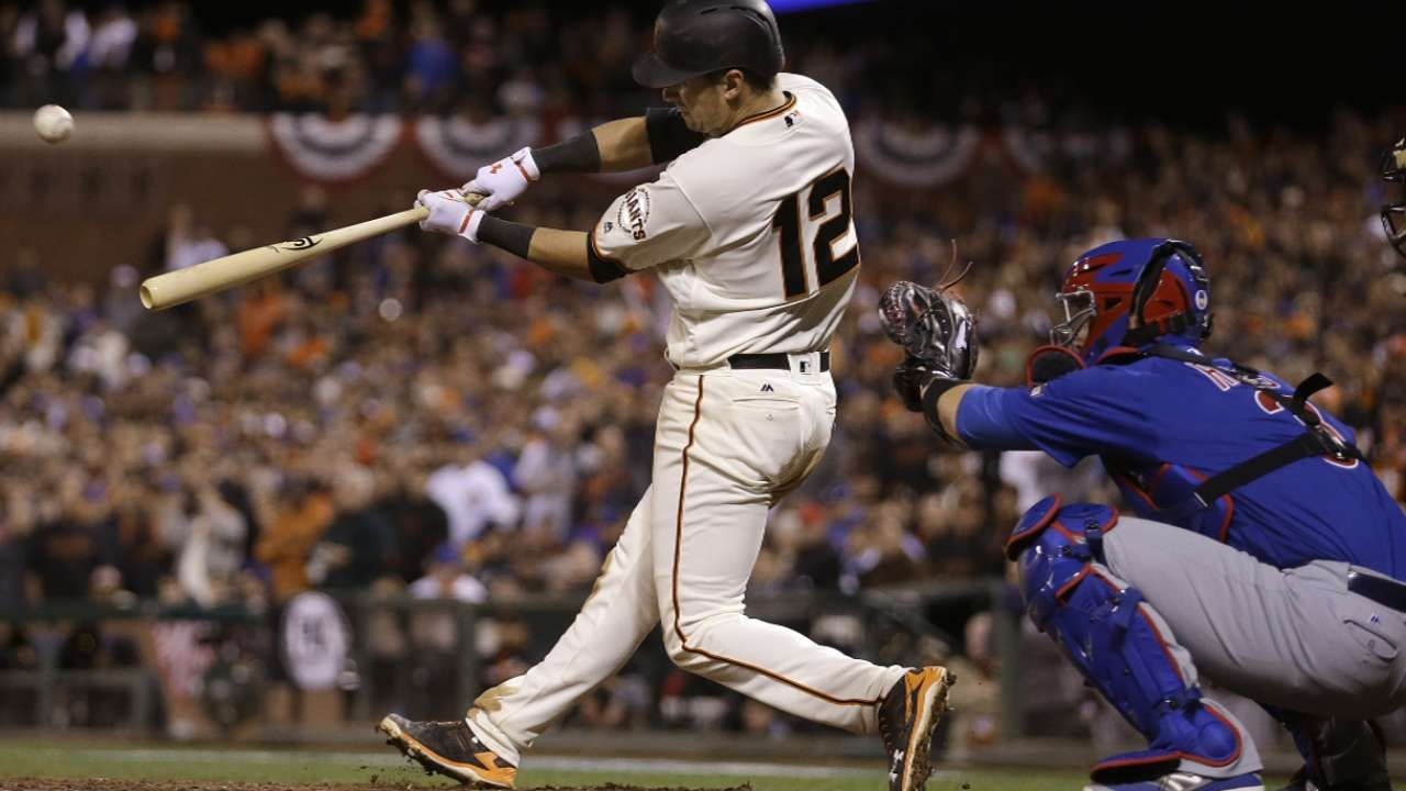Giants Rally Beat Cubs To Stay Alive In Nlds Cubs Lose Sf Giants Baseball Giants Baseball
