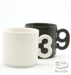 Modern Design Mug Cups With Unique Shaped Handle W A N