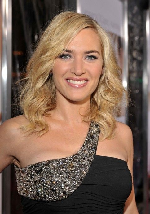 Kate Winslet Hairstyles Daily Shoulder Length Wavy Hairstyle For Women Celebrity Haircuts Kate Winslet Celebrity Hairstyles