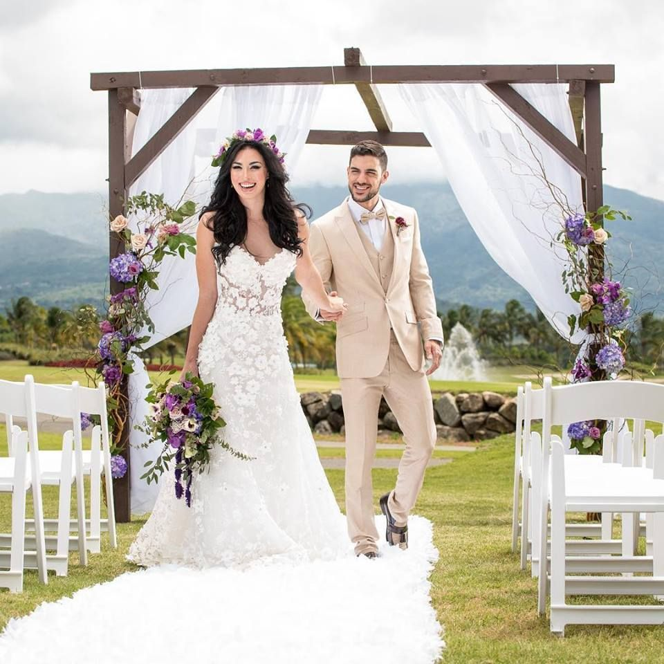 Caribbean wedding dress  Destination Wedding Photographers That You Need To Follow  Luxury