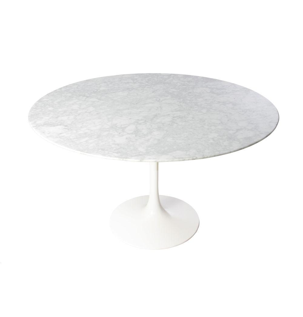 Replica Eero Saarinen Tulip Dining Table Round   Marble By Eero Saarinen    Matt Blatt