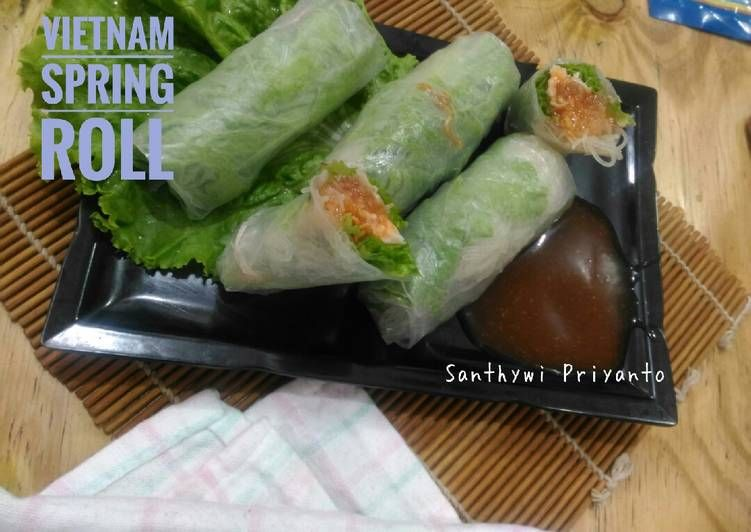 Resep Membuat Vietnam Salad Spring Roll C 2020 Brilio Net Roti Gulung Lumpia Resep Salad