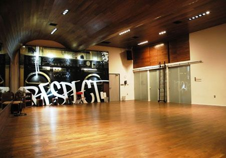 Dance studio mass architecture design i will have a dance studio in my home someday this is - Studio interior design brescia ...
