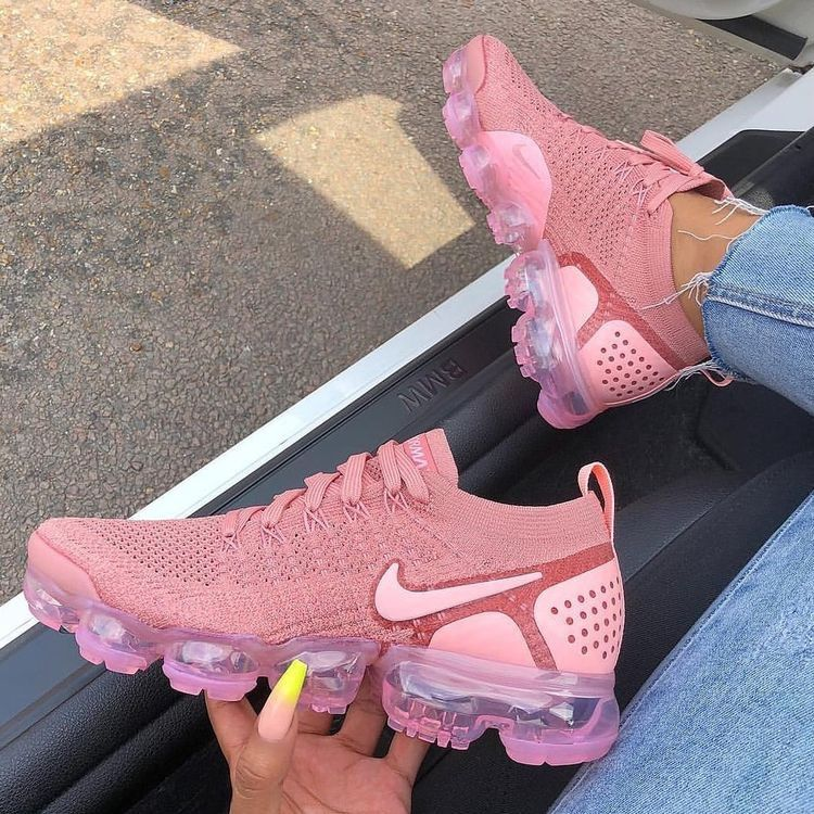 Pink nike shoes, Nike vapormax flyknit