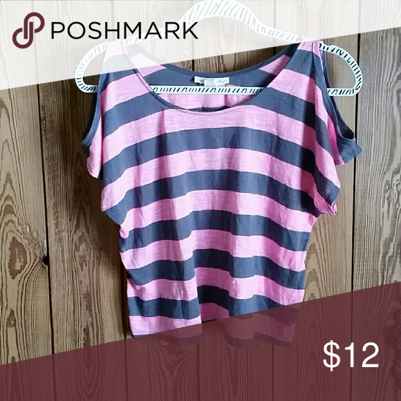Pink and gray striped cold shoulder crop top Cute and soft! Great condition! Derek Heart Tops Crop Tops