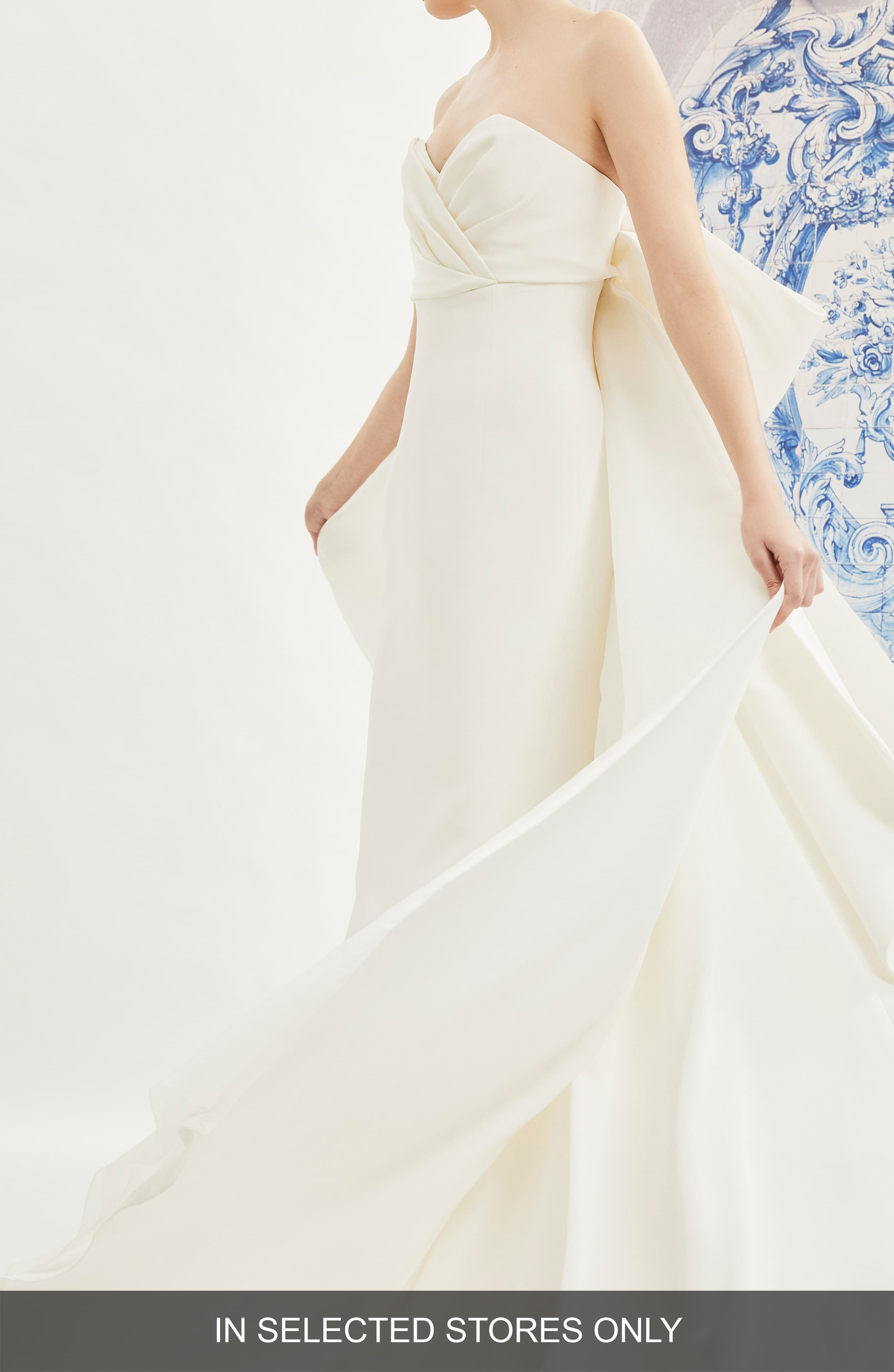 Women S Carolina Herrera Indira Bow Back Detail Strapless Wedding