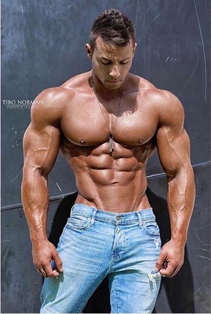 Pin By Deep Blue Vitamin On New Favorites Muscle Men Muscular Men Beefy Men