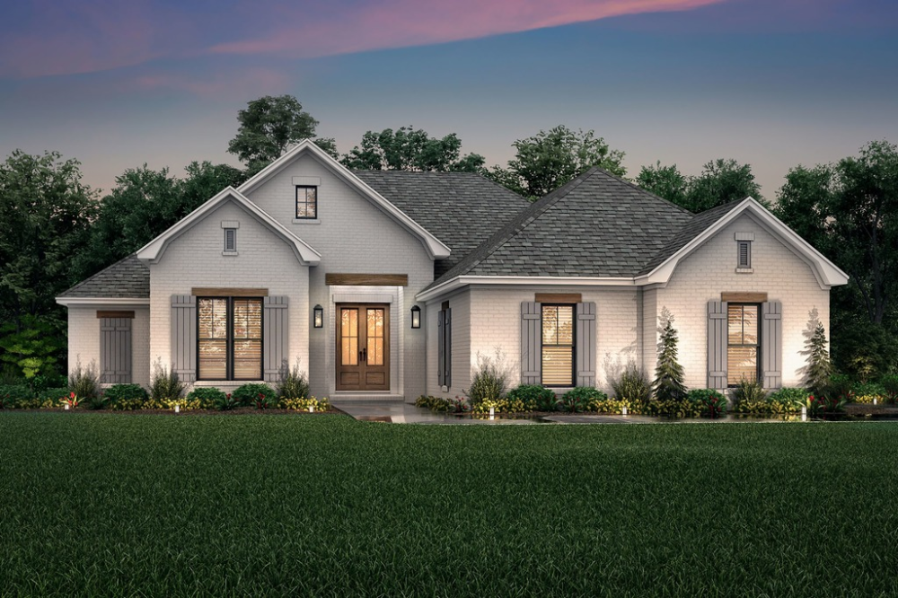 Traditional Style House Plan 3 Beds 2 Baths 1817 Sq Ft Plan 430 214 In 2020 French Country House Plans Farmhouse Style House Plans Brick Exterior House