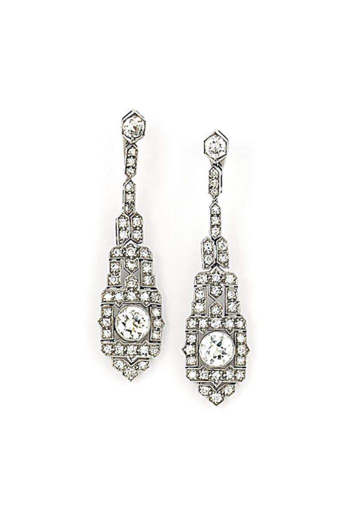 A pair of Art Deco diamond earrings #artdeco #diamond