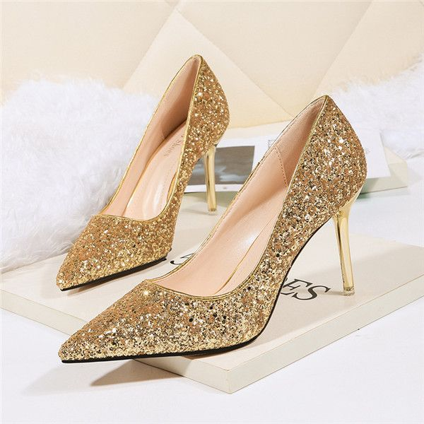 gold sparkly closed toe heels