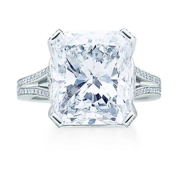 Tiffany & Co. - Rectangular modified brilliant diamond ring in... ❤ liked on Polyvore featuring jewelry, rings, platinum jewelry, platinum diamond rings, diamond rings, rectangle diamond ring and rectangular diamond ring