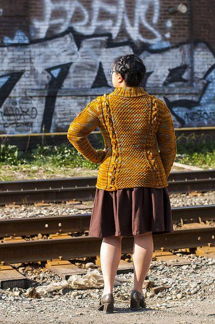 Ravelry: Rail Yard pattern by Laura Chau