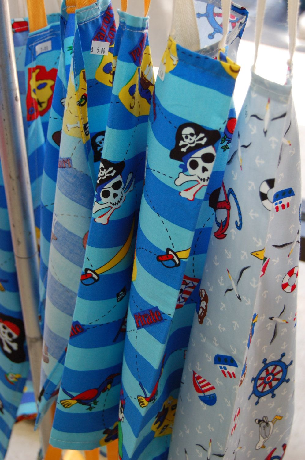 Kids Apron PIRATE DESIGN - Age 2-5 years Perfect Party Favor - Discounts for multiples - pinned by pin4etsy.com