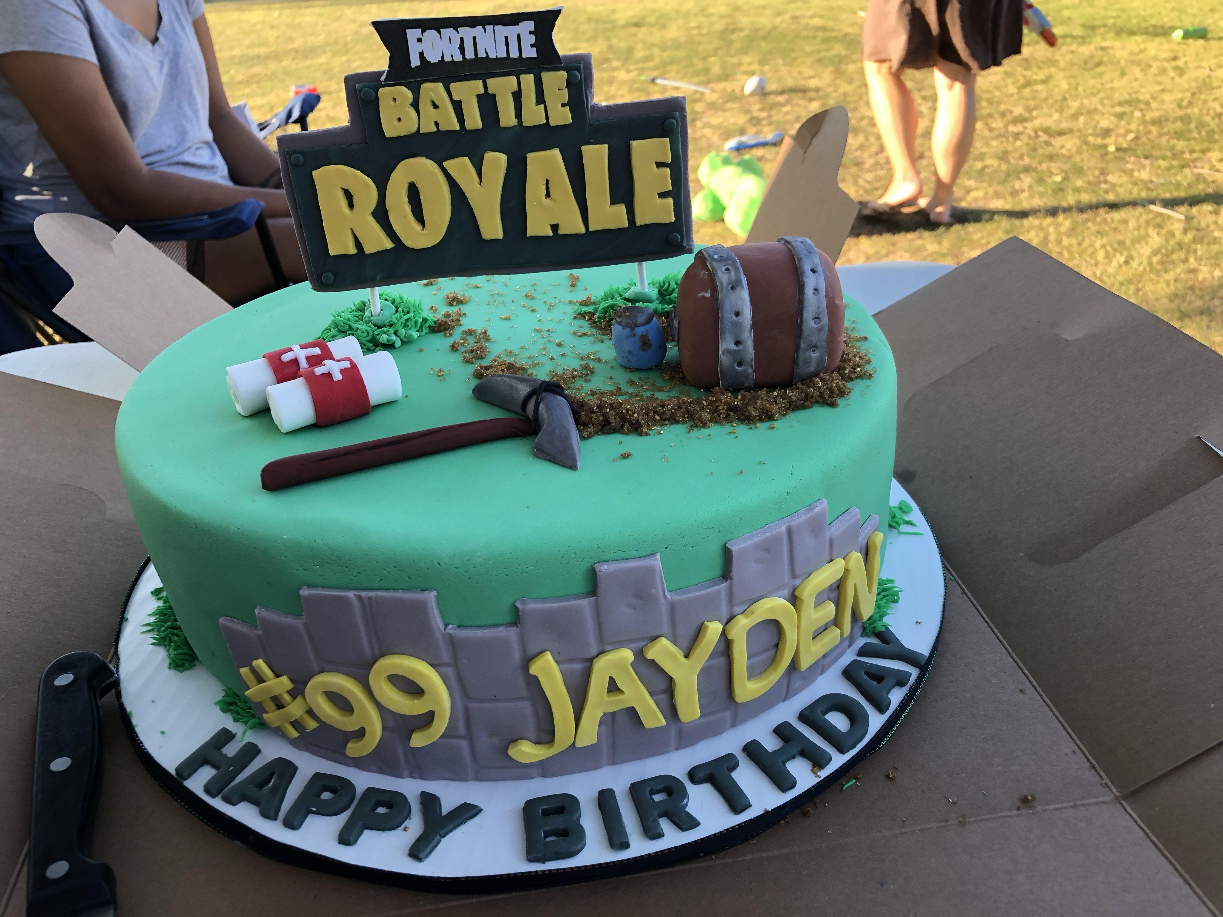 Fortnite Cake Fortnite Battle Royale Cake Fortnight Cake