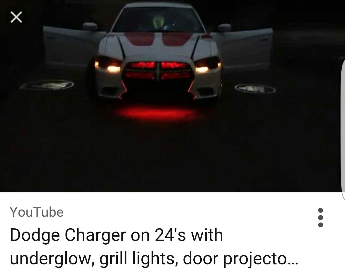 Charger neon under lights