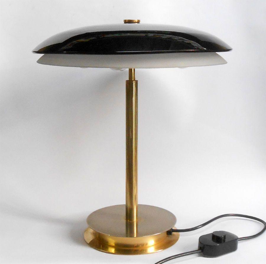 Iconiche, sorprendenti, emozionanti, le lampade di design. Fontana Arte Milano Famosa Lampada Bis Design Archivio Storico 1954 Prod 1980 Lampadari Lampade Candelieri
