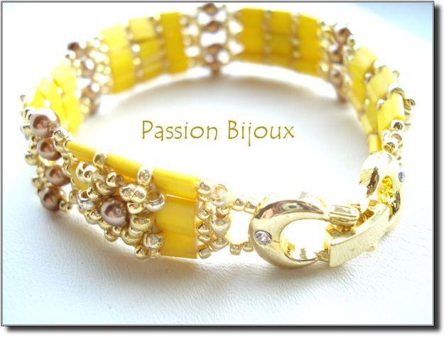 Bracelets – TILA TILES canary et doré – a unique product by passionbijoux on DaWanda
