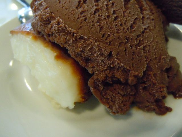 Çikolatalı dondurma ve kazandibi