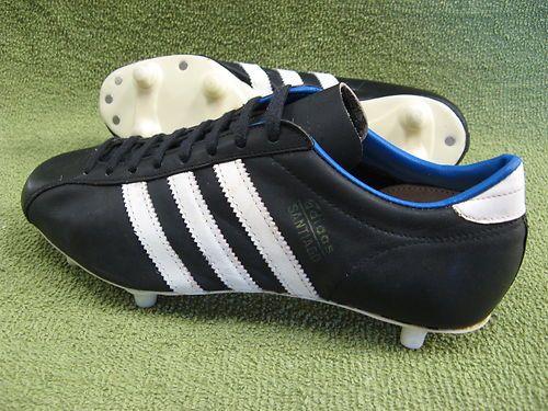pick up 232f5 f78e3 Vintage 1970s Adidas SANTIAGO Football Boots Sz9 Rare Oldschool  eBay