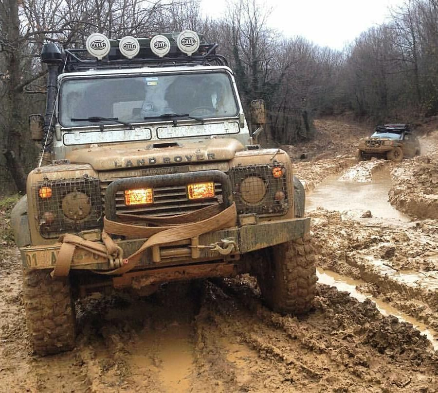 @muratpoyrazdursun #defturk #onelifeliveit #defender #landrover  #landroverdefender #defender110 #defender90  #defender130  #series #trophy #offroad #mud #cars #car #ride #drive #TagsForLikes #driver  #vehicle #street #road #freeway #highway #tires#race #heel #rims by defender_turkiye @muratpoyrazdursun #defturk #onelifeliveit #defender #landrover  #landroverdefender #defender110 #defender90  #defender130  #series #trophy #offroad #mud #cars #car #ride #drive #TagsForLikes #driver  #vehicle…