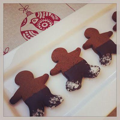 love me, feed me: Salted Chocolate Gingerbread Men