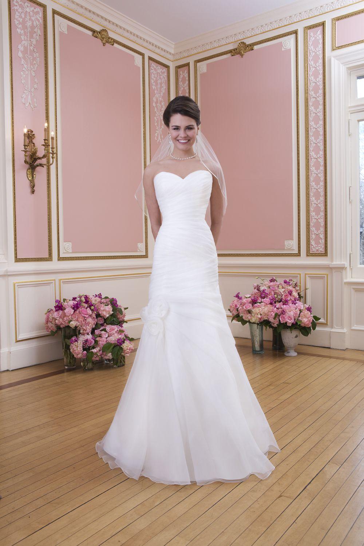 Encantador Fancy Wedding Dress Composición - Colección de Vestidos ...