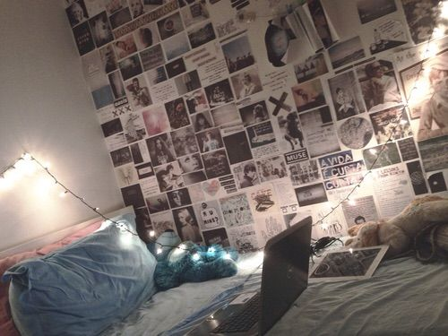 Image via We Heart It https://weheartit.com/entry/153533696/via/30265888 #bedroom #room #roomdecor #teen