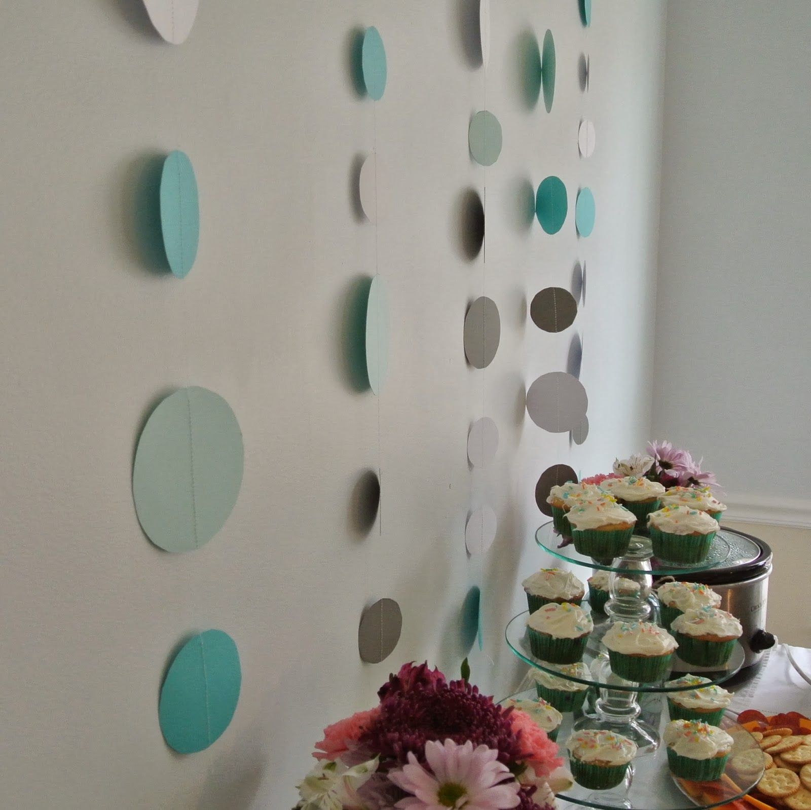 Baby shower ideas on a budget babyshowerdecorationseasy baby shower ideas on a budget babyshowerdecorations junglespirit Images
