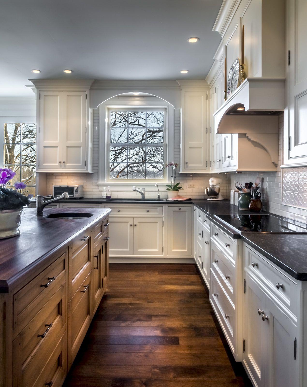 Casual Yet Refined Kitchen Design Kitchen Cabinet Remodel Discount Kitchen Cabinets