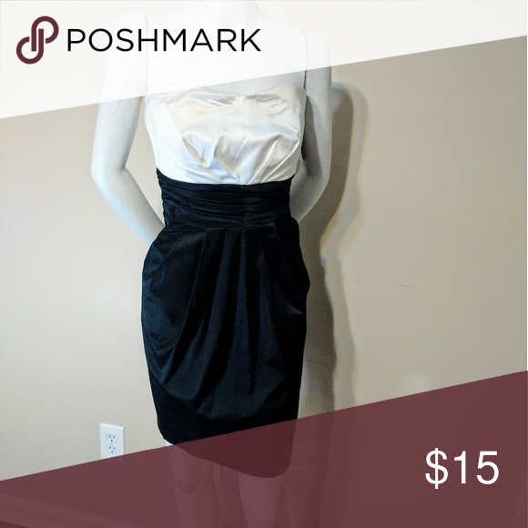 New Black and White dress with pockets New from TJmaxx black and white dress with pockets Dresses Strapless