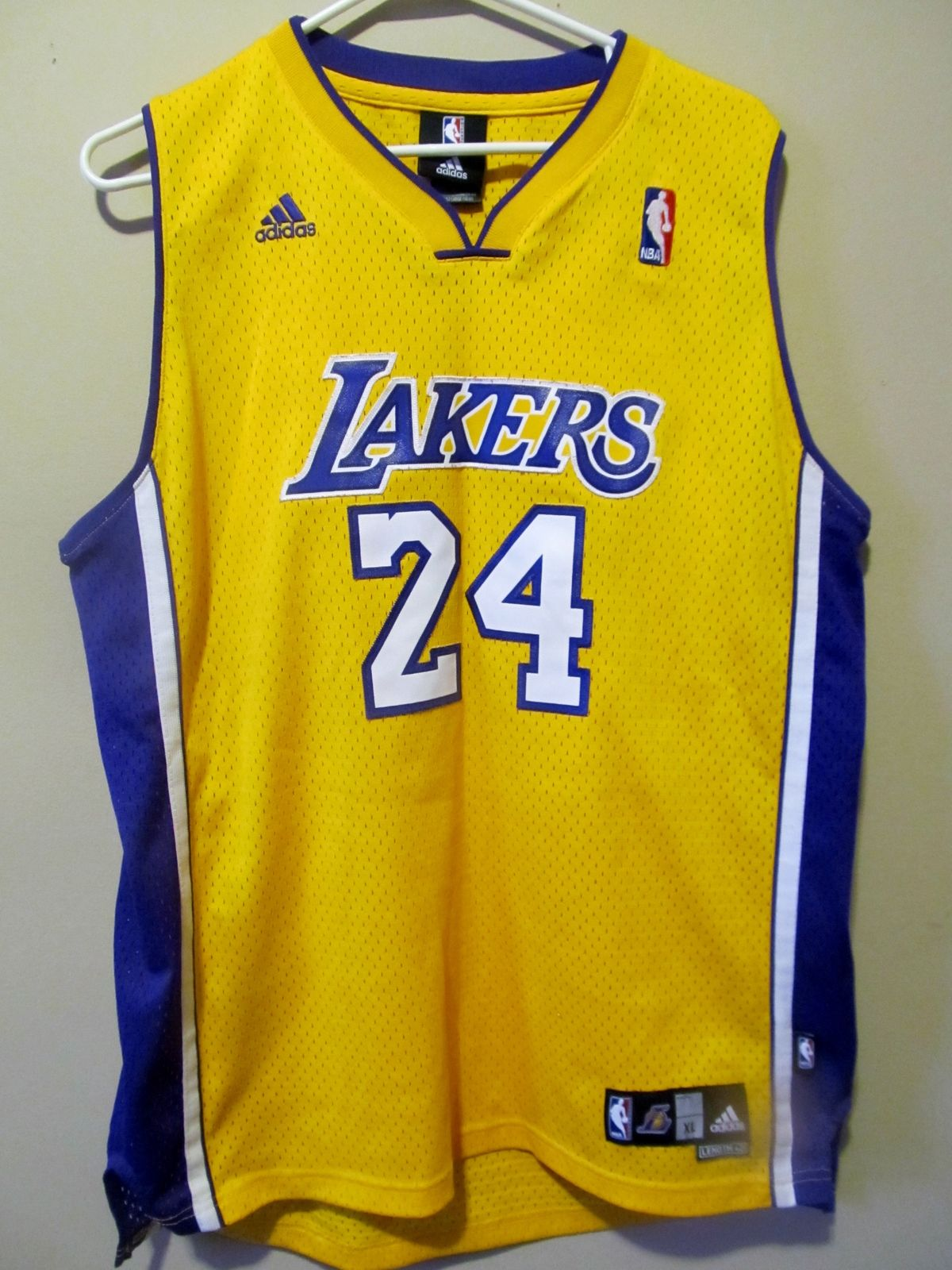 802510010bd9 Adidas Authentic Kobe Bryant Los Angeles Lakers jersey