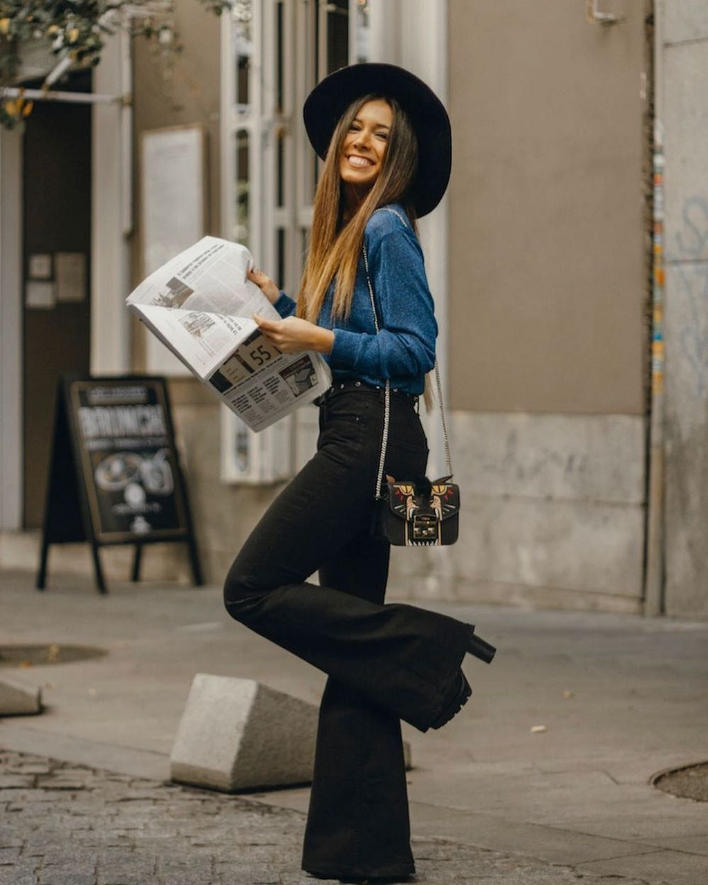 49 Best Flared Jeans Outfits Ideas For Fall That You Must Try Flair Jeans Outfit Flare Jeans Outfit Flare Jeans Outfit Winter