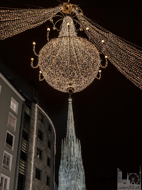 Weihnachtsbeleuchtung und der Stephansdom - 2013 Woche 50