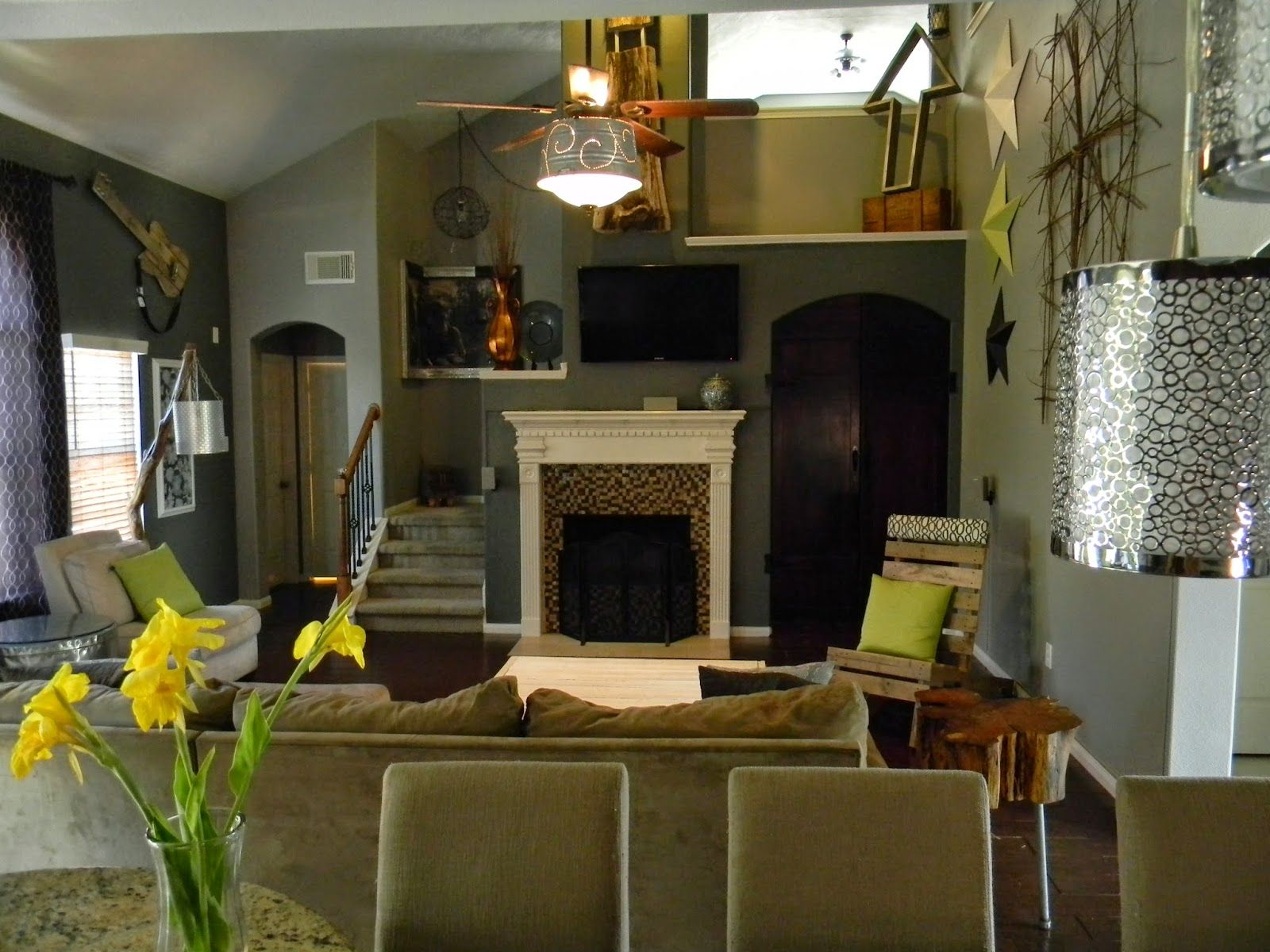 Thetadbiteclectic Urban Upccyclers And Design Project Gallery Suburban Home Eclectic Style