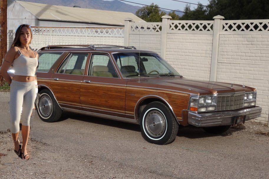 1978 Chrysler Town & Country Wood Panel wagon - Chrysler: Town & Country Wood Panel Wagon Motor Car And Cars