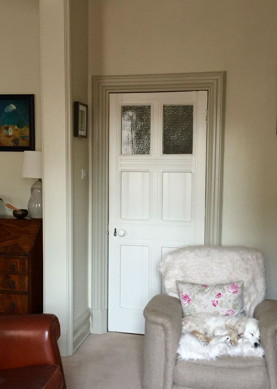 Off White Walls With Grey Trim Farrow and Ball-walls Off White, skirting-trim-Old White.