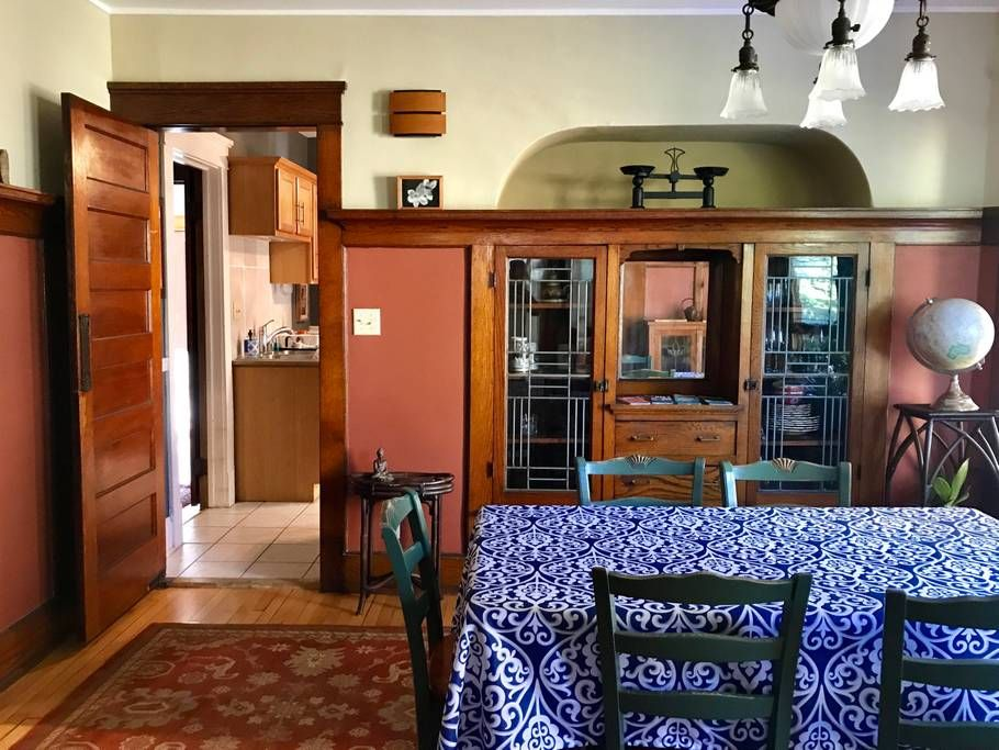 Urban Oasis in Downtown MKE!! 2 BR w/garage! Apartments