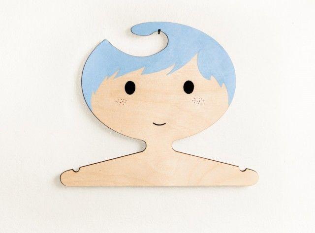1 cintre enfant tete patere chambre kid bleu ciel e1408009355334 6 objets déco pour la chambre