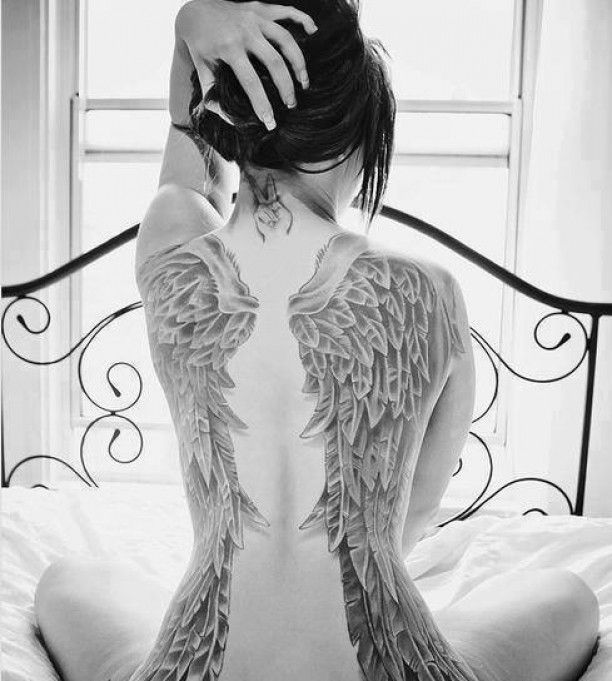 r cken tattoo engelsfl gel frau tattoo pinterest. Black Bedroom Furniture Sets. Home Design Ideas