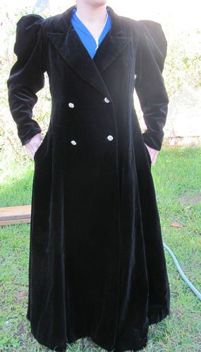 Dan Brown I Magnin black velvet coat 1970, steampunk, gothic, victorian, vintage | eBay