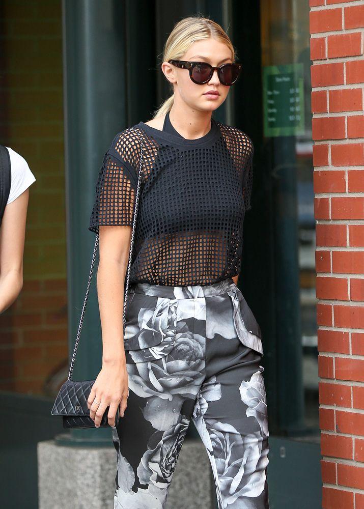 ec455323eeca Gigi-Hadid-Chanel-Wallet-on-Chain-Bag | Gigi Hadid | Gigi hadid ...