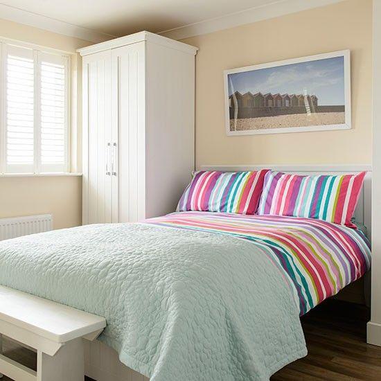 Traditionelle Schlafzimmer mit gestreiften Bettwäsche u2026Wohnideen - wohnideen selbermachen schlafzimmer